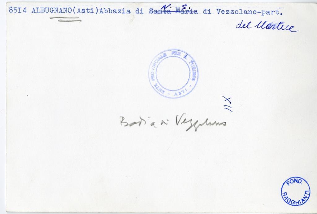 Foto Enit , Albugnano (Asti) Abbazia di N. S. di Vezzolano - part. del nartece